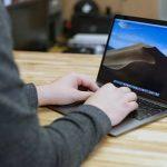 Огляд ноутбука Apple MacBook Air 2018 з усім необхідним