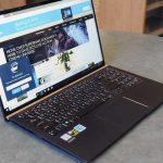 Review Asus ZenBook 15 UX533 performance notebook in a compact package