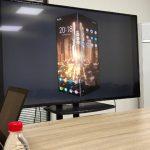 Az IQOO márka egy hajtogatott képernyővel rendelkező okostelefonról indul