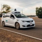 # video | Waymo trained its unmanned vehicles to understand the gestures of traffic controllers.