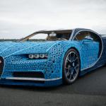 LEGO побудувала Bugatti з мільйона кубиків. На ній можна покататися!