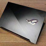 Gennemgå Asus ROG Zephyrus S GX701 gaming laptop, forestiller sig selv en pc