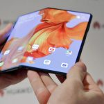 Huawei's foldable smartphone Mate X: a slimmer competitor to the Galaxy Fold