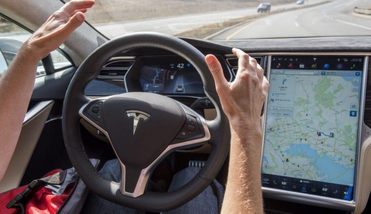 video | Hackers hacked Tesla autopilota nestandarta metodes