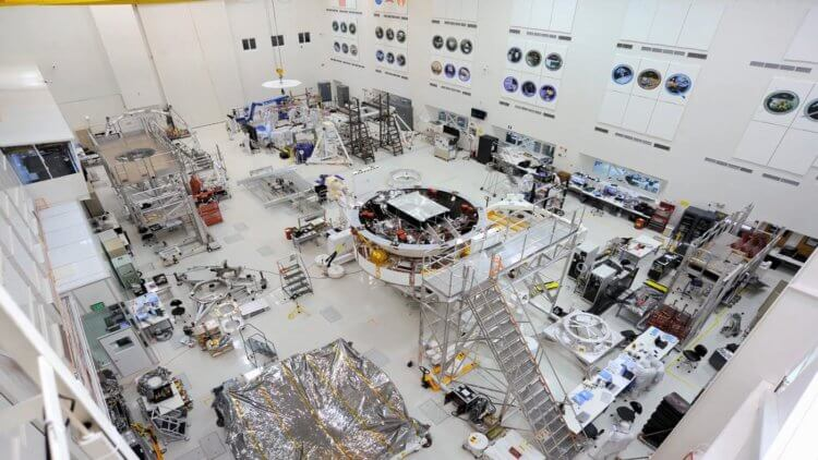New NASA Mars Mars 2020: assembled and undergoing an active testing phase.