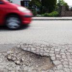 Бактерії можуть запобігти утворенню дорожніх ям