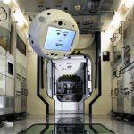 Flyvende robot med kunstig intelligens gik med succes til ISS