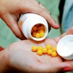 Vitamins can reduce the risk of death, but only if taken with food