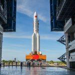 Китай відправить космічний зонд для дослідження навколоземного астероїда і комети