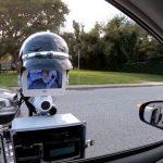 # video | Police robot checks motorists documents