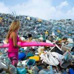 Τα σκουπίδια από τον πυθμένα των ωκεανών δεν θα αφαιρεθούν από τους ανθρώπους, αλλά από πεινασμένους μικροοργανισμούς.