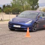 "# video | Car Tesla Model 3 passed the ""moose test"" better than other models"