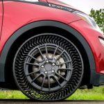 Nincs több ütés: a Michelin és a GM ígéretet tesz arra, hogy 2024-ig felszabadítja a levegő nélküli gumiabroncsokat