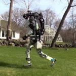 # Відео дня | Роботи Atlas і SpotMini на прогулянці