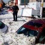 # صورة | كانت مدينة غوادالاخارا المكسيكية الساخنة مغطاة بجليد نصف متر