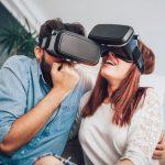 بينما أنت خائف من الواقع الافتراضي ، فإنه يعامل خوفًا من المرتفعات والثعابين والعناكب.