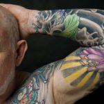 Hoe zien tatoeages er op oudere leeftijd uit?