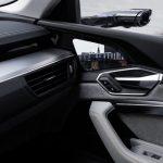 Az Audi tükör nélküli autót mutatott be. De helyett képernyőkkel